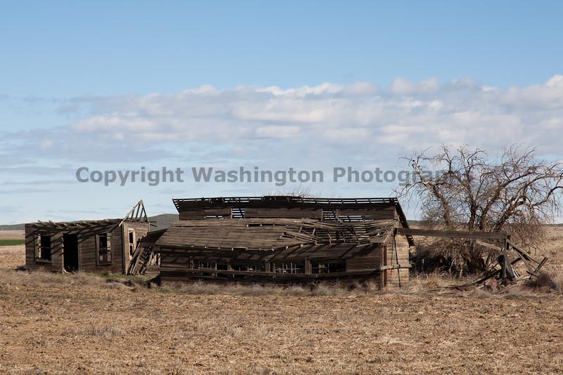 Abandoned House 075