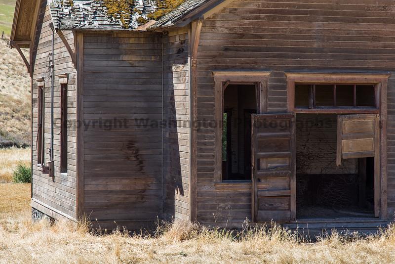 Abandoned Schoolhouse 66
