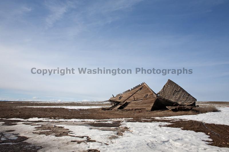 Abandoned Barn 003