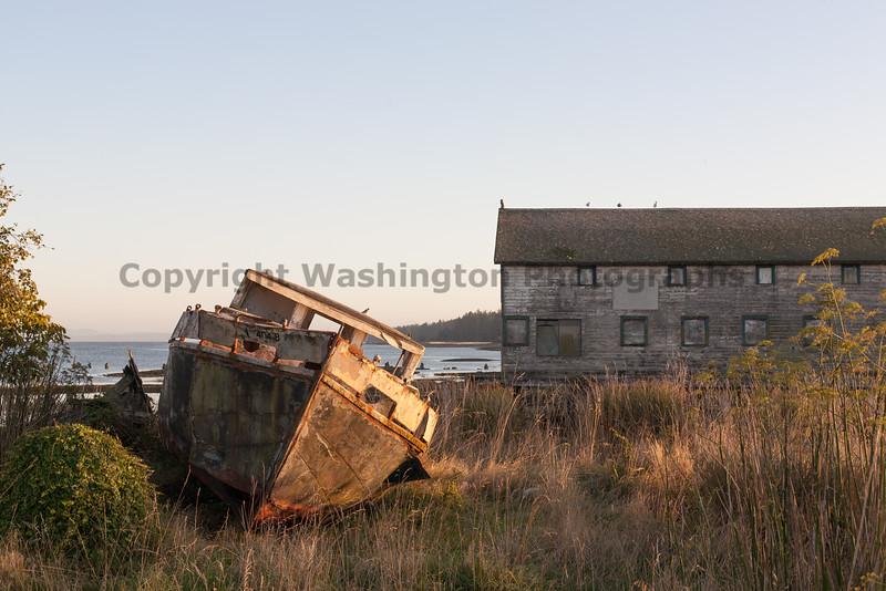 Abandoned Boat 11