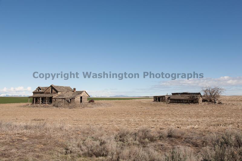 Abandoned House 073
