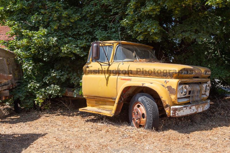 Abandoned Truck 43