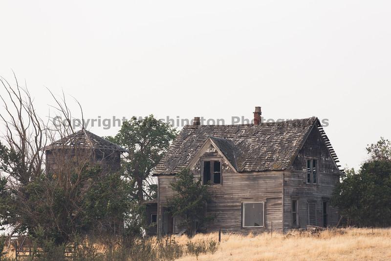 Abandoned House 096