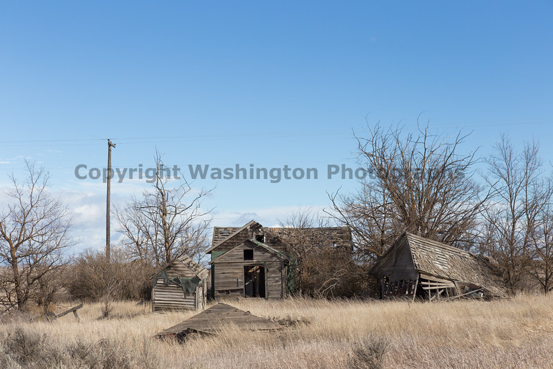 Abandoned Building 081