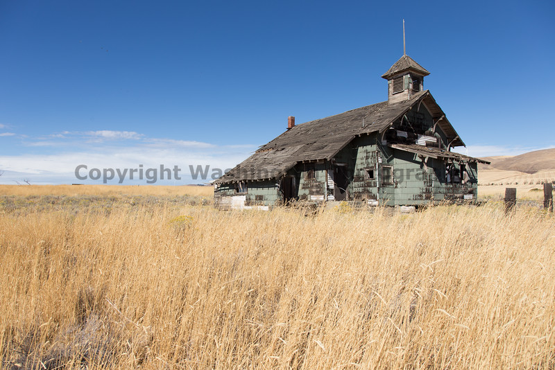 Abandoned Schoolhouse 005