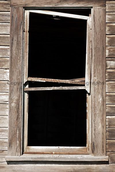 Abandoned House 016