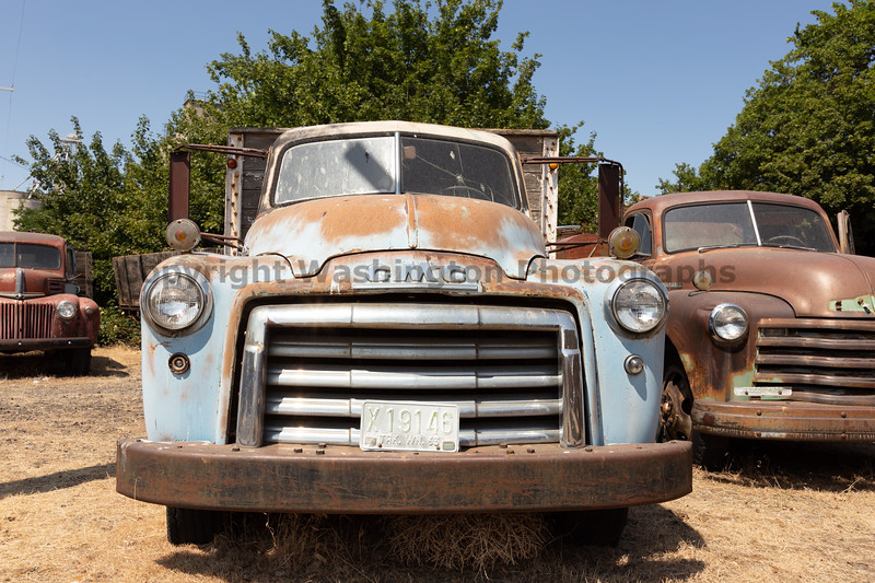 Abandoned Truck 32