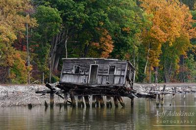 Tilting Cabin