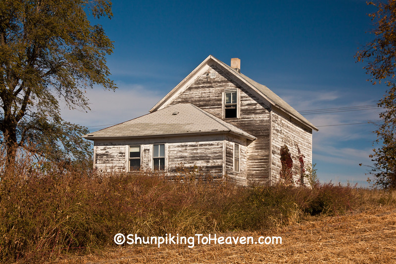 Abandoned House, Pepin County, Wisconsin