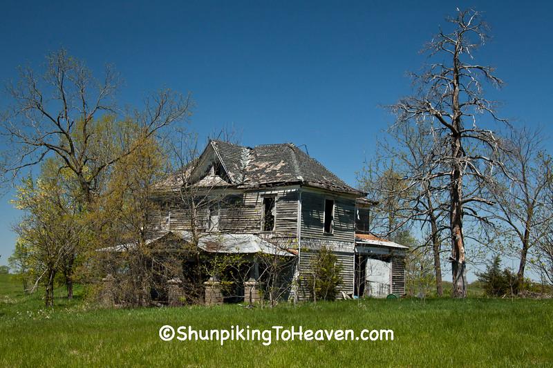 Abandoned House, Macon County, Missouri