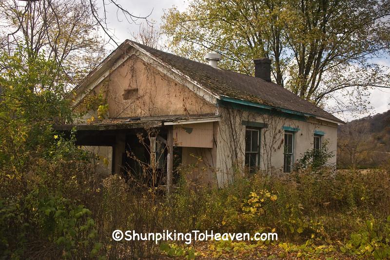 Abandoned One-Room School, Houston County, Minnesota
