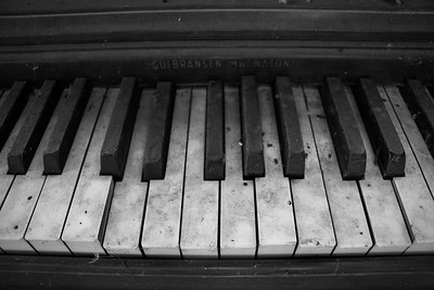 Dusty Keys