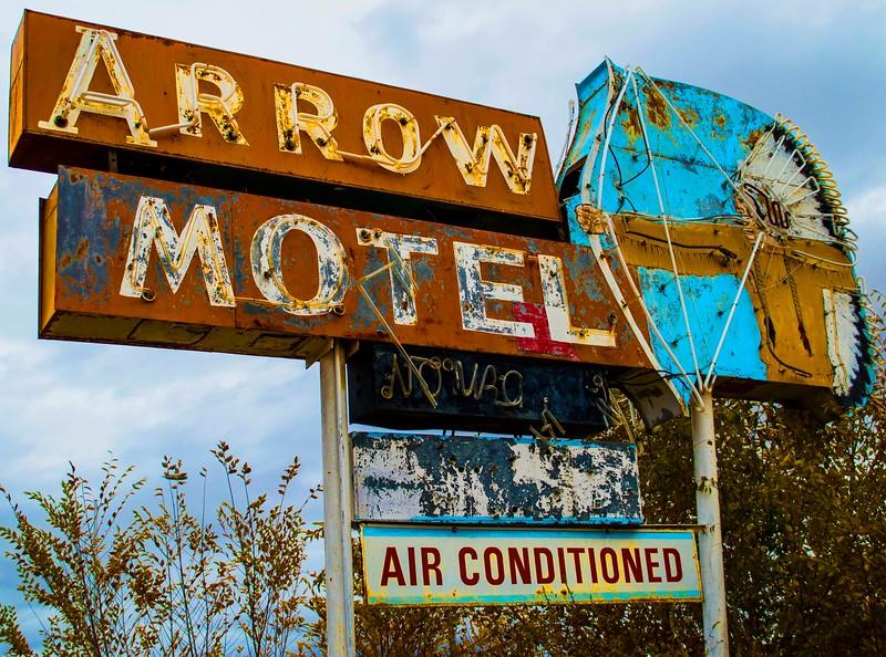 Arrow Motel