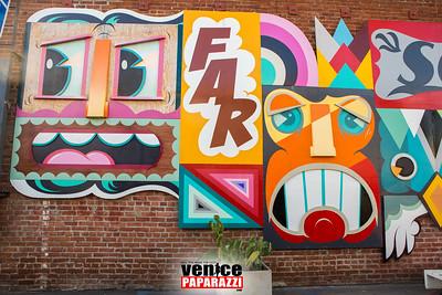 #AKHoliday    @AbbotKinneyBlvd    © VenicePaparazzi.com