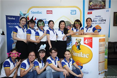 Abbott-Da-Nang-ProductLaunch-PhotoboothDaNang-WefieBox-14
