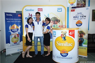Abbott-Da-Nang-ProductLaunch-PhotoboothDaNang-WefieBox-29
