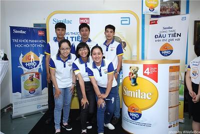 Abbott-Da-Nang-ProductLaunch-PhotoboothDaNang-WefieBox-17