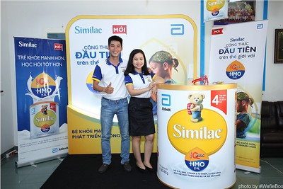 Abbott-Da-Nang-ProductLaunch-PhotoboothDaNang-WefieBox-46