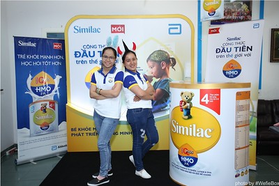 Abbott-Da-Nang-ProductLaunch-PhotoboothDaNang-WefieBox-19