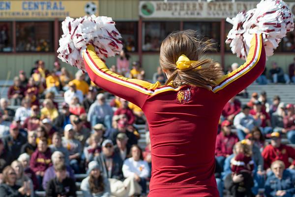 NSU cheerleader