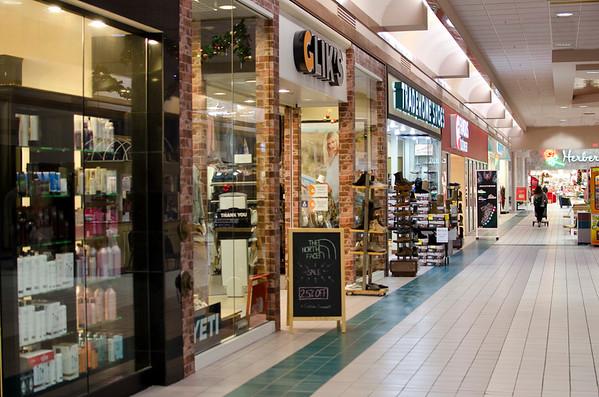 Aberdeen Mall storefronts