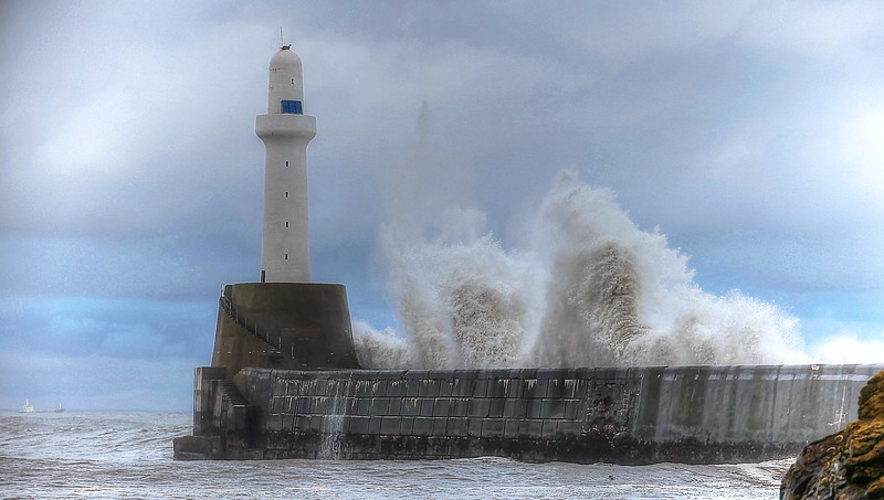 """Stormy Seas on Aberdeen's South Breakwater"" made the Telegraph's Best of 2012"