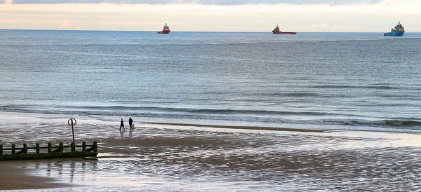 Evening walk at Aberdeen Beach (20x8 or 28x11 panorama print)