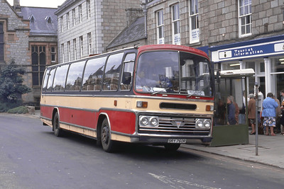 Bain Tarves SRY760R Huntly Square Jun 88