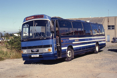 Bain Old Meldrum GSU10T Victoria Coaches Depot Peterhead Jul 95