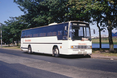 Alexanders North East F102HSO Nth Esplanade West Abdn Jul 89