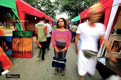 When I decide to use my cousin as a street model.. #kalapola #srilankan #srilanka #colombo #visitsrilanka #mysrilanka