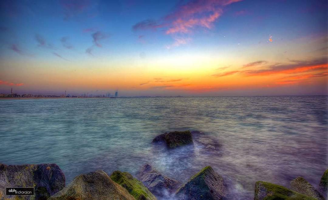 #Dubai #dubailife #mydubai #burjalarab #dubaisunset