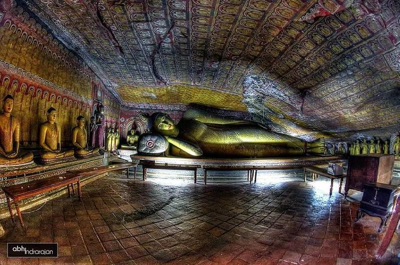 "Cave #3 . The Maya Alut Viharaya. The Cave of ""Great New Temple"" ... #mysrilanka #visitsrilanka #srilankan #Srilanka #cavetemple #ceylon #dambulla #dambullacavetemple #goldentemple#buddha#statue#cave#caves#caveart#srilankatourism#srilankatravel#buddisttemple#natgeotravel#instagram#architecturephotography #buddisttemple #buddhism #buddahstatue #natgeotravelpic #natgeotravelpics"