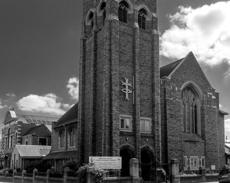 United Reformed Church, Abington Avenue,  Northampton, August 2013