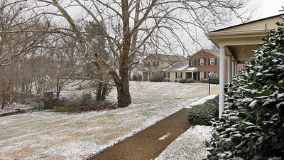 A little more snow has fallen by 12 Noon at my home in Nashville