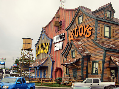 Family Trip in Pigeon Forge, TN- Hatsfields and McCoys Dinner Show
