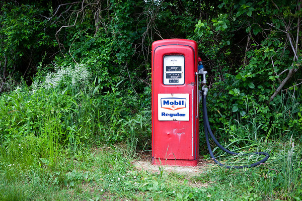 June 11, 2011. North Road, Chilmark. Forty-nine cents a gallon.