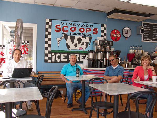 July 17, 2009. On my walk down town this morning I found the Scoops gang, assembled and open for business in their newest venture, Scoops Cafe: Scoops ice cream shop, a thriving afternoon and evening business - become morning coffee shop. Here we have Adnan and strategic members of the Courtney family - a good beginning.