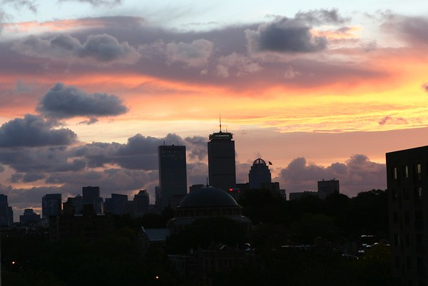 Boston sunrise, October 6, 2006, from my Beacon Street window. The large dome, center, is Temple Ohabei Shalom, my Friday night abode.