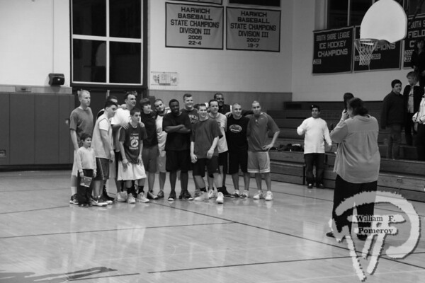 Thacher memory lives on with scholarship fundThe second annual Fred Thacher Memorial Fund gameraised $1,184 on Friday night.  The alumni/staff team(pictured) couldn't defeat the boy's team,losing 68-63 on Friday night. The Cape Codder MARCH 19, 2010page 38