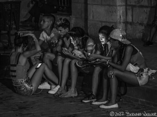 Connected, Havana, CU, 2016
