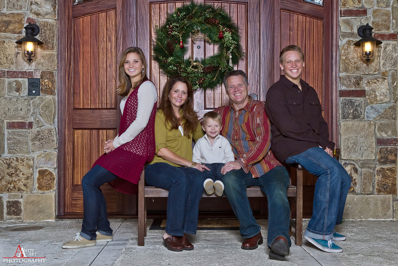 Family sessions <br /> •	$250.00 for 2 hour at the location of your choice<br /> •	Approximately 50 photos on a disc<br /> •	$50.00 for each additional 30 minuets<br /> •	Up to 8 people per family<br /> •	Select photos edited with special effects at artist description