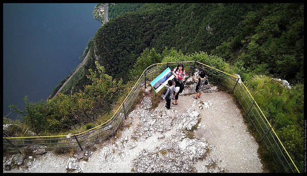 Come on girls …  Monte San Salvatore, Lugano