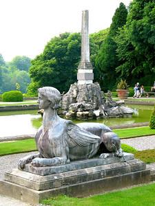 Monuments at Blenheim Palace