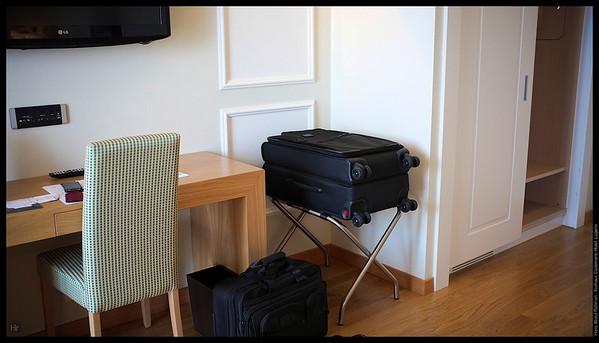 Need to unpack?  Kurhaus Cademario Hotel, Lugano