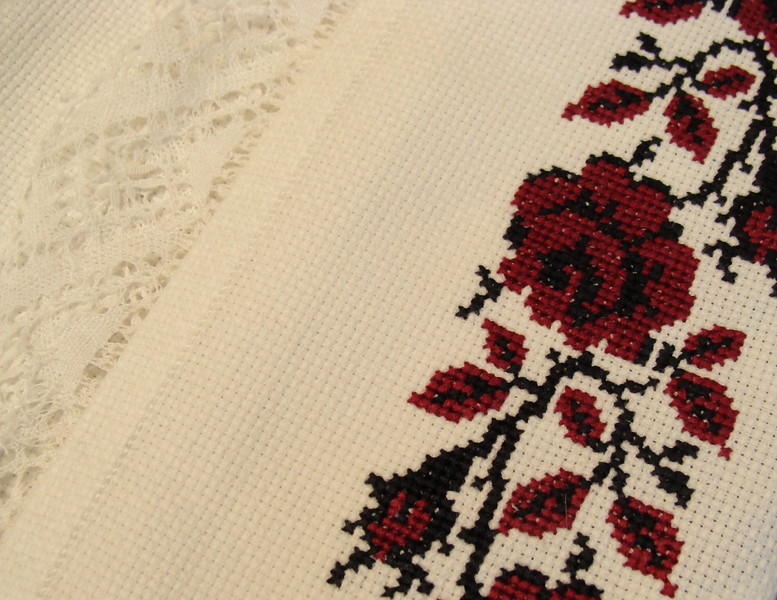 Ukranian embroidery (4)