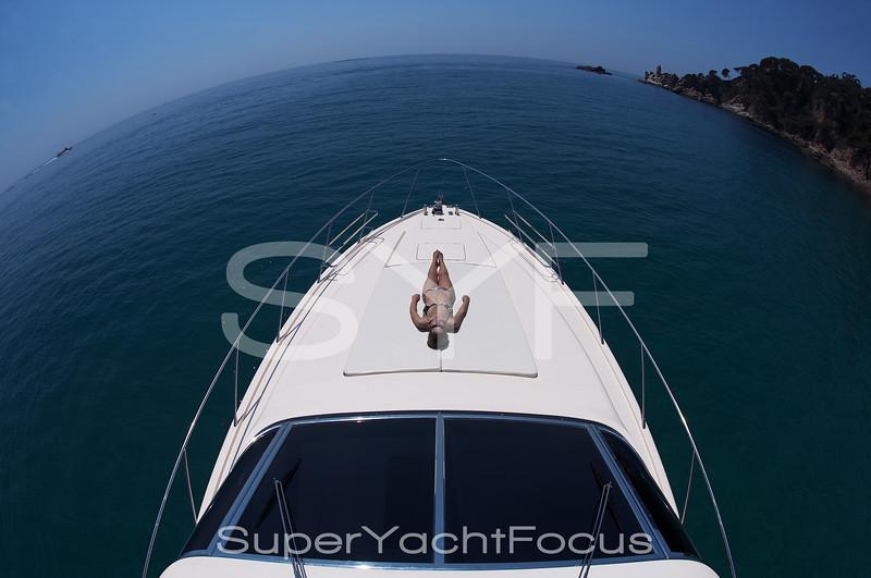 Fisheye powerboat bow