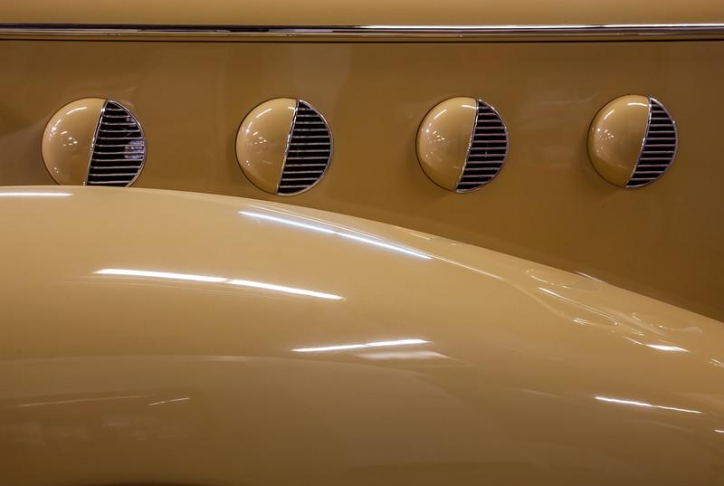 Art Deco - 1935 LaSalle Detail.