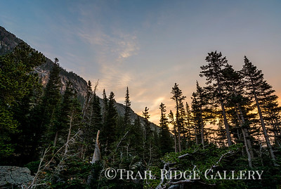 A summer sunrise on the way to Emerald Lake