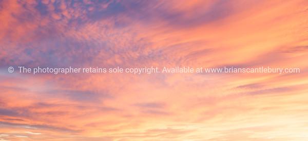 Sunset across New Mexico landscape from Sandia Peak, Albuquerque, New Mexico, USA.